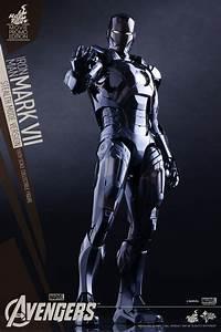 Hot Toys Unveils Avengers: Age of Ultron Iron Man Mark VII ...