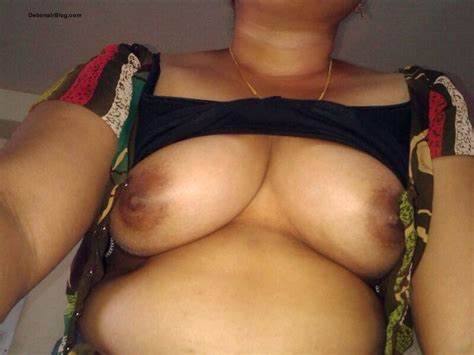 Explicit Nudist Porn With Nudes Aunties Lovely Young Tokyo Bitches In Saree