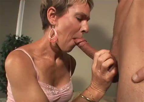 Watering Pussy Suck Grey Haired Pecker