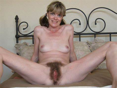 Wet Long Haired Red Haired Gilf Need For Cumshot On Her Face