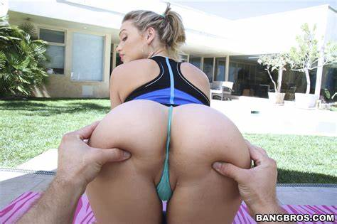 Bubble Assed Mia Malkova Exploited Cocks Mia Malkova In Mom Got Workout Before Riding Her Large