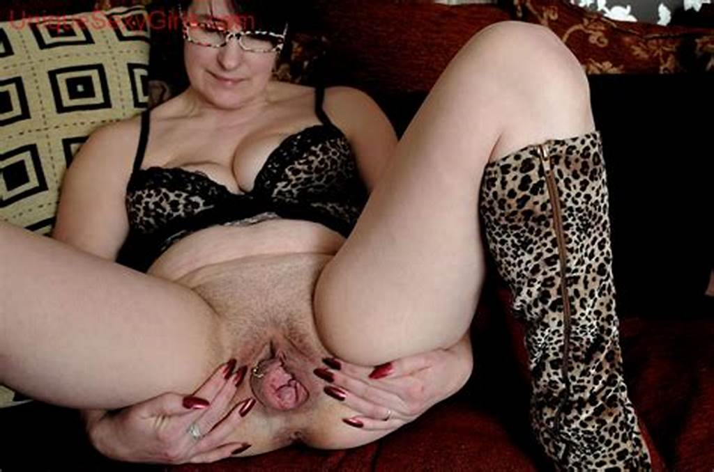 #Big #Stretched #Out #Mature #Cunts