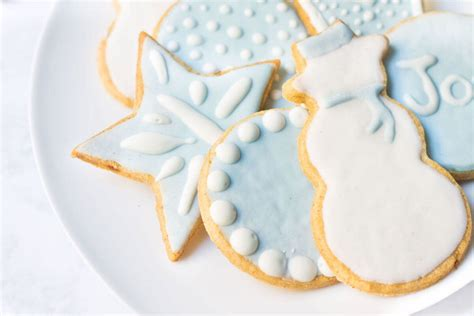 We have the 25 best freezable cookies. Freezer Friendly, Make-Ahead Christmas Cookies and Candies ...