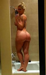 Amateur nude old lady pictures