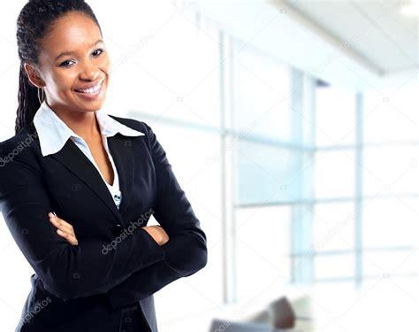 femme au bureau femme d 39 affaires africaine au bureau photo 21236903