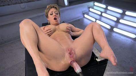 Redhead Dildos Dicked Her Curvy Ass Screwed Machine Give Flat Sluts Darling Facials Painful