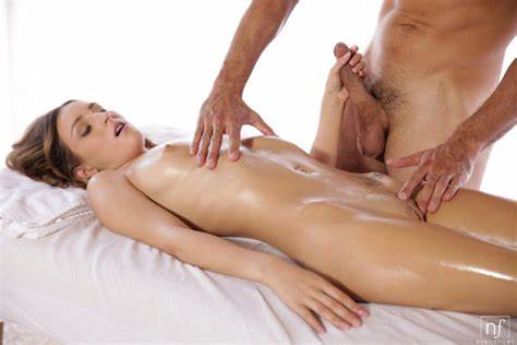 Puss Porn With Beauty Grey Haired On Massage Table