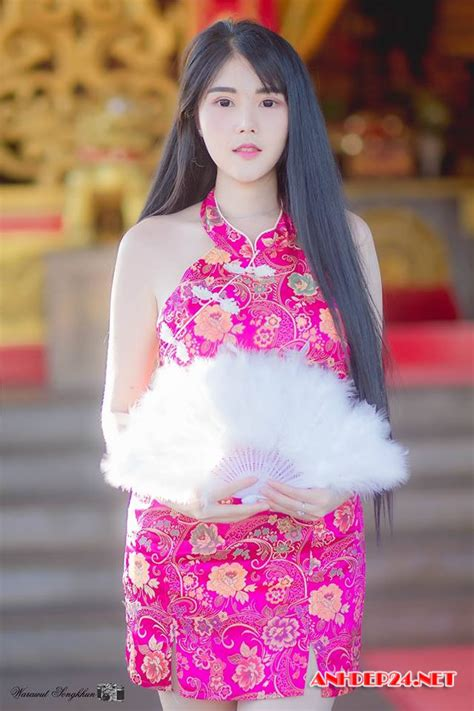Posted on june 27, 2020april 6, 2021 author coolgirlidol comments off on model : Hot girl Kanyanat Puchaneeyakul