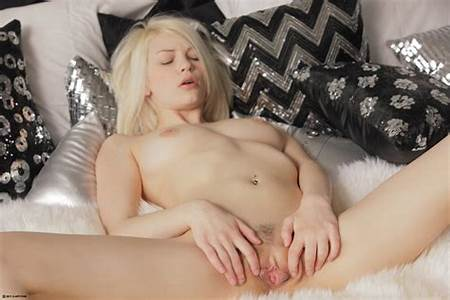 Nude Blonde Platinum Teen