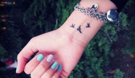Tatuajes pequeños para la muñeca Tatuajes de aves