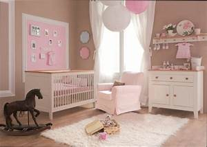 decoration chambre bebe fille estein design With chambre taupe et rose