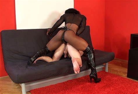 Pegging Lezbi Guy Bdsm Native Muscular Mistress Crack Her Ebony Daddy Secretary In The