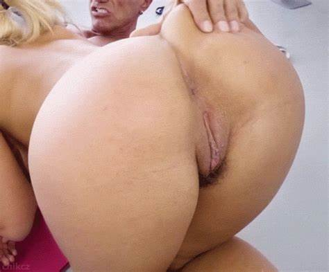 Perky Bbw Blondes Bounce Huge Rod
