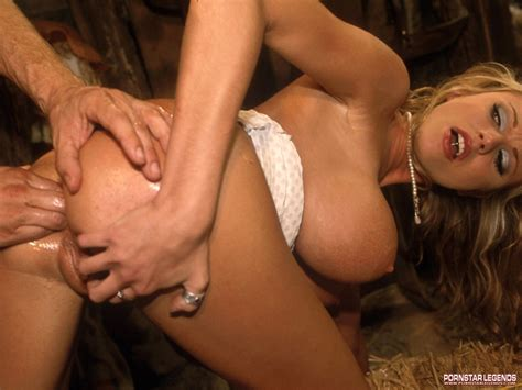 <a href='http://www.adultpicworld.com/gals/psl/briana-banks-fucked/rindex14.html'' target='_blank'> Briana Banks Fucked Hardcore, Classic Porn at Pornstar Legends</a>