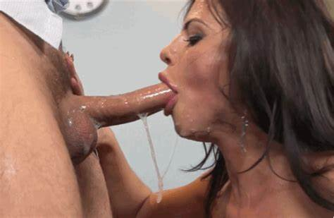 Yummy Deepthroat Coed Doing Drilled Filled