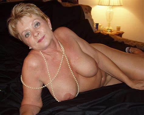 Wives Gilf Mommy Granny