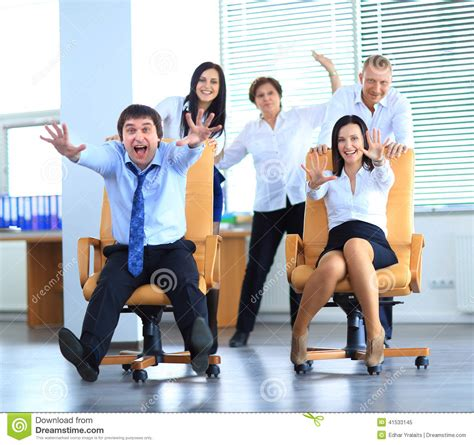dim up au bureau office employees at work stock image