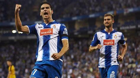 Jugador del @villarrealcf ⚽️ y de la @sefutbol youtu.be/jlooui6oli4. Gerard Moreno, el tesoro perico
