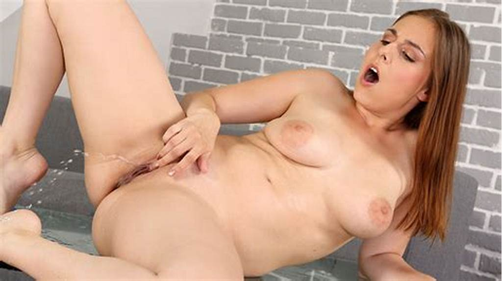 #Antonia #Sainz #In #Piss #Drenched #Gym #Gear #At #Puffy #Network