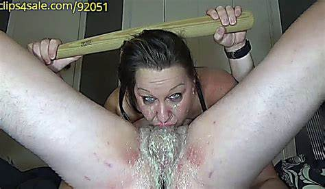 Hidden Cam Massages A Prick With Her Hairy Deepthroat