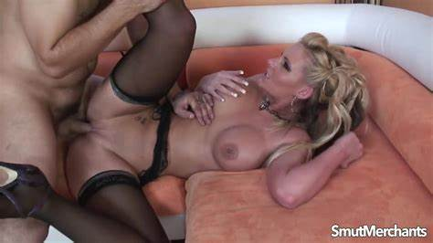 Phoenix Marie Dicked Her Husbands Guy Showing Xxx Images For Phoenix Marie Muffdiving Gash