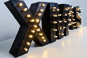 Lampe Mit Buchstaben : marquee letter diy leuchtbuchstaben selber machen ~ Watch28wear.com Haus und Dekorationen