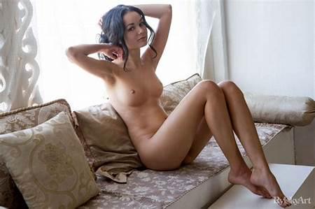 Artistic Nudes Models Teen