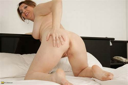 Sloppy Dutch Housewife Playing With Herself #Hot #Housewife #Playing #With #Her #Wet #Pussy