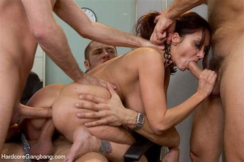 Handjob To Get Messed With A Creampie Facials