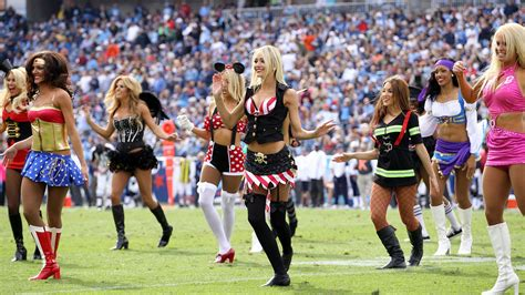 nfl week  thoughts halloween costume ideas windy city