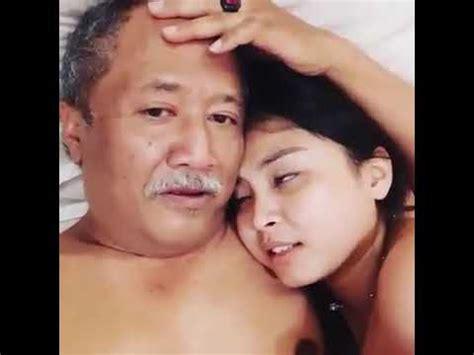 Nonton online berita dan info kakek sugiono terupdate hanya di vidio. Viral !!! Kakek sugiono versi INDONESIA part 2 - YouTube