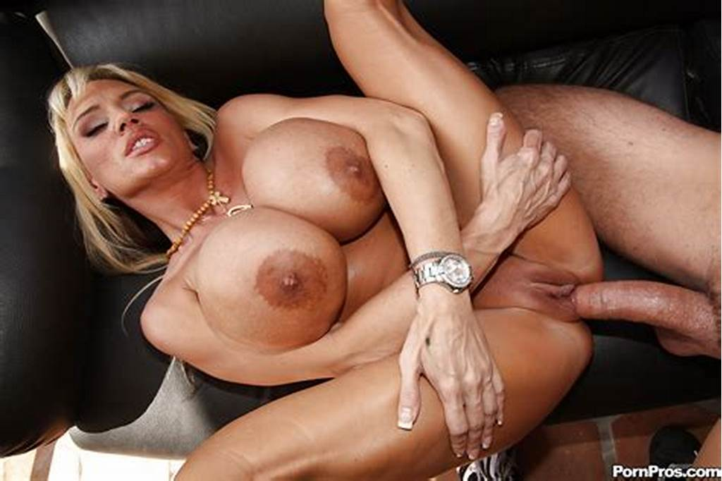 #Milf #With #Huge #Boobs #Lisa #Lipps #Gets #Fucked #With #A #Stiff #Dick #Outdoor
