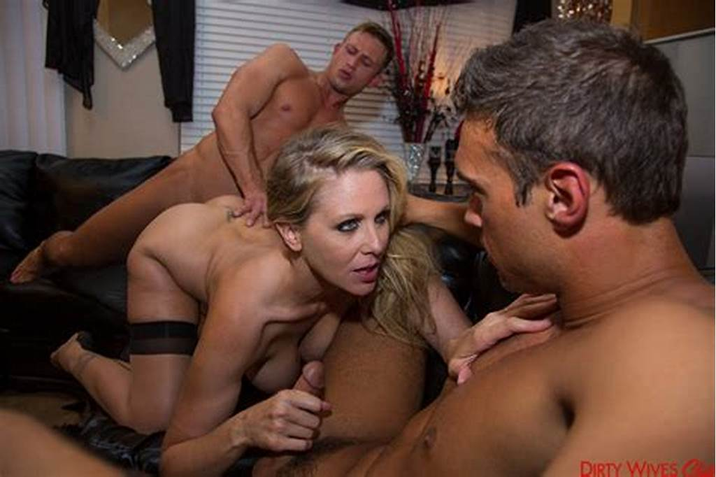 #Julia #Ann #& #Bill #Bailey #Rocco #Reed #In #Dirty #Wives #Club