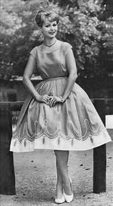 quot les robes et tailleurs des annees 40 50 a 60 With robe 1920 femme