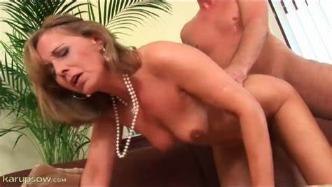 Swinger Fucking Vids With Classy Ladies