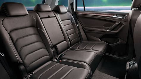 An extended wheelbase and greater overall length make the tiguan allspace a most spacious suv: Volkswagen Tiguan Allspace 7-seater revealed in Chinese ...