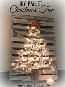 Weihnachtsdeko Aus Paletten : 25 einzigartige palette weihnachtsbaum ideen auf pinterest holz weihnachtsbaum h lzene ~ Whattoseeinmadrid.com Haus und Dekorationen