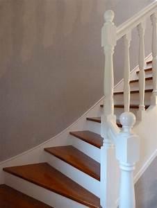 Peindre Escalier En Bois : plinthe bois a peindre 10 escalier repeint en blanc ~ Dailycaller-alerts.com Idées de Décoration