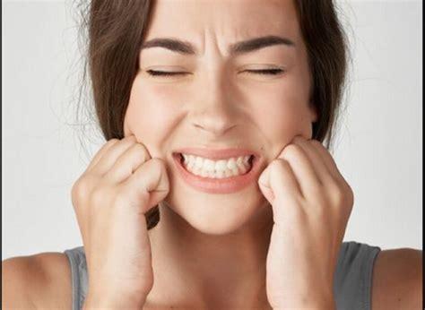 Çfarë është bruksizmi, që e njohim si kërcitja e dhëmbëve ...