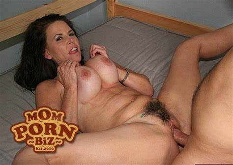Cowgirl And Mommiesmommie Porn Tube