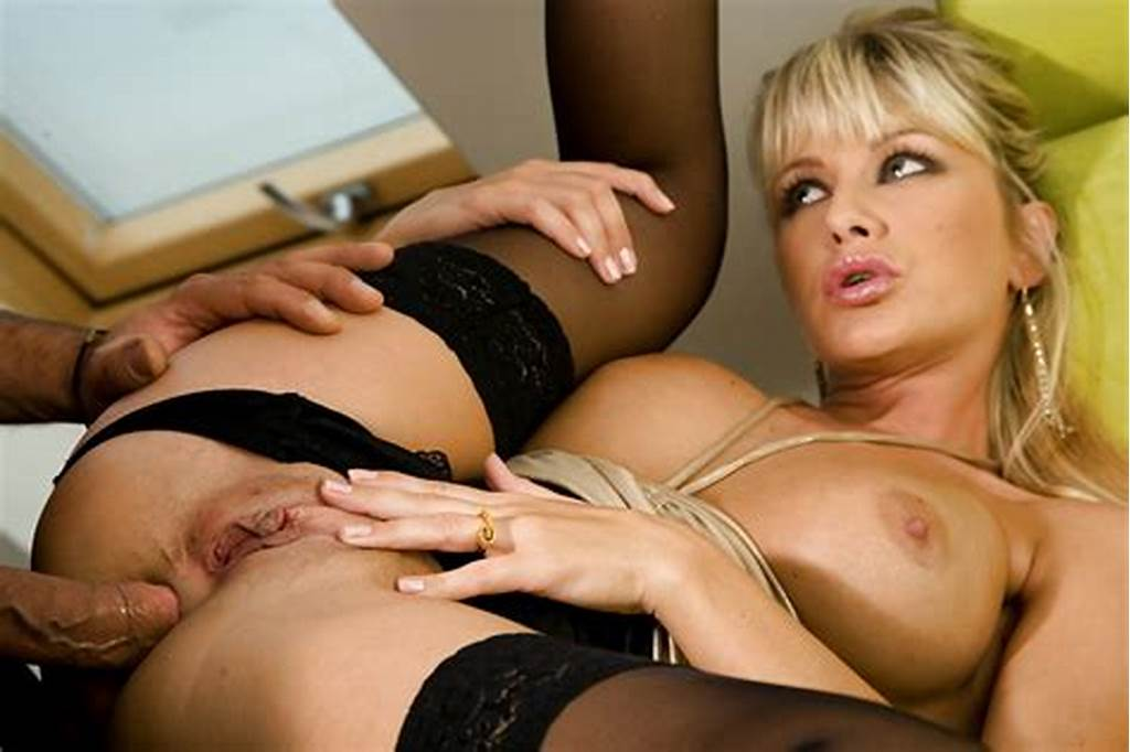 #Horny #European #Milf #Gives #A #Blowjob #And #Gets #Drilled
