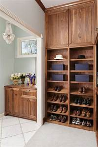 Master, Bathroom, With, His, And, Hers, Closets