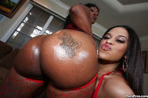 Black Babe With A Huge Asshole In Sore Porn