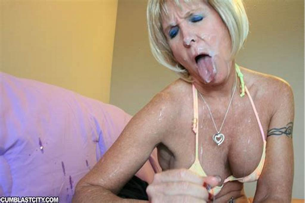 #Lusty #Mature #Blonde #In #Bikini #Gives #A #Blowjob #And #Gets