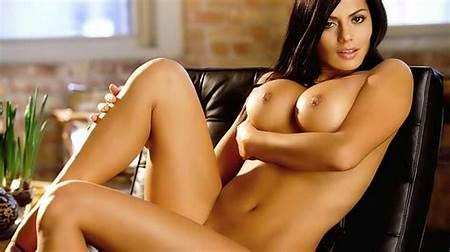 Nude Erotic Teen Pic
