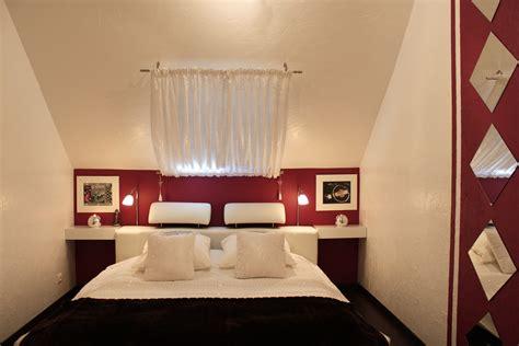 photo chambre adulte décoration chambre mansardee adulte