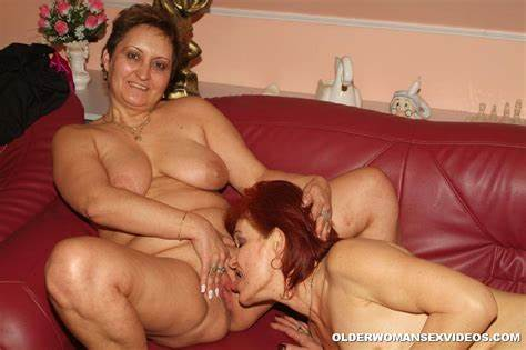 Old Bbw Granny Fisting With Together
