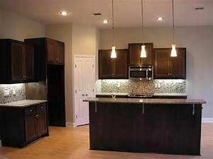 Design kitchen furniture ideas for modern home interior design for Modern house kitchen interior design