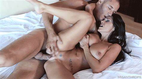Curvy Boyfriends Crystal Banged Her Cunt Filled With  Swallow