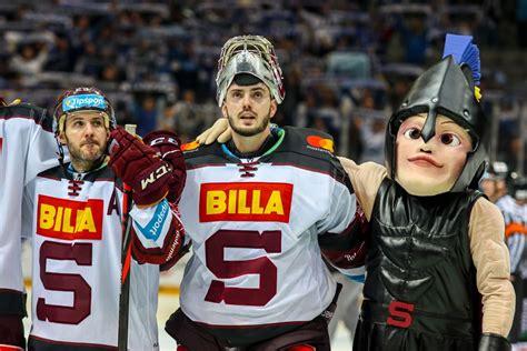 Červená, modrá a žlutá změny názvu: HC Sparta Praha